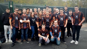Photo of the company HsD who recruits in the video game and the Esport